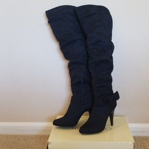 Bakers tall black boots